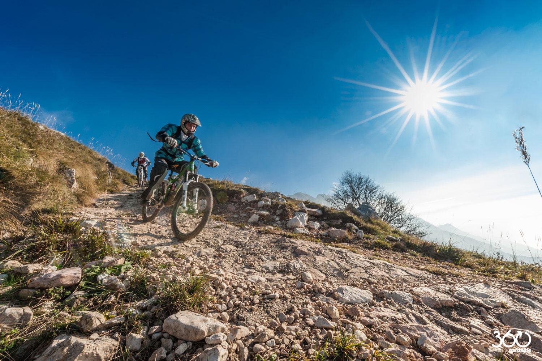 Angela-Trawoeger---360gardalife---Sentiero-11-bike